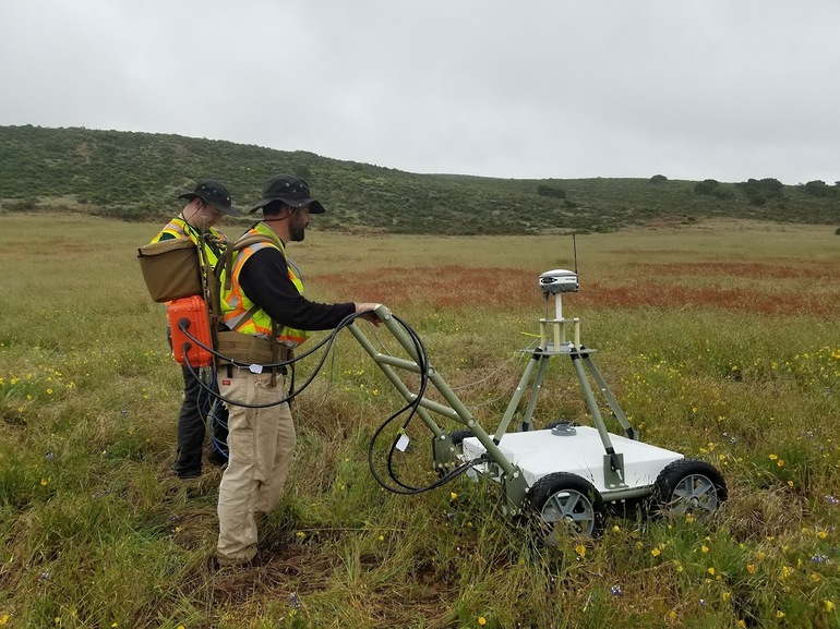MetalMapper 2x2 being used to locate UXO on a US DoD test range. Image Courtesy of Geometrics Inc.